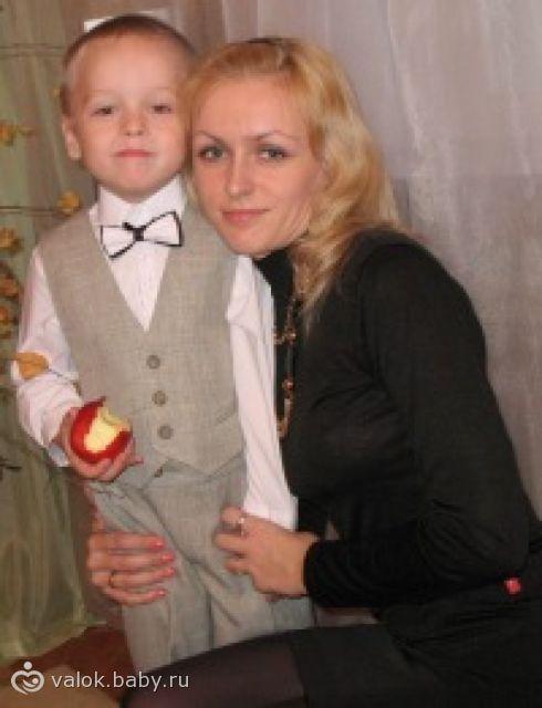 2011 год осенний бал в детском саду.